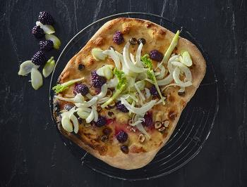 PIZZA WITH FENNEL