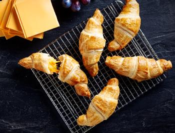 CHEESY CROISSANTS