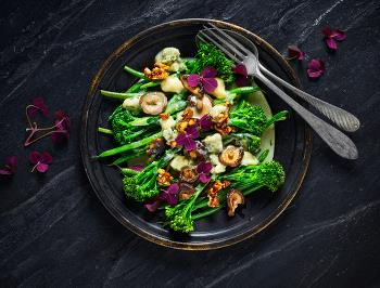 BROCCOLINI SALAD