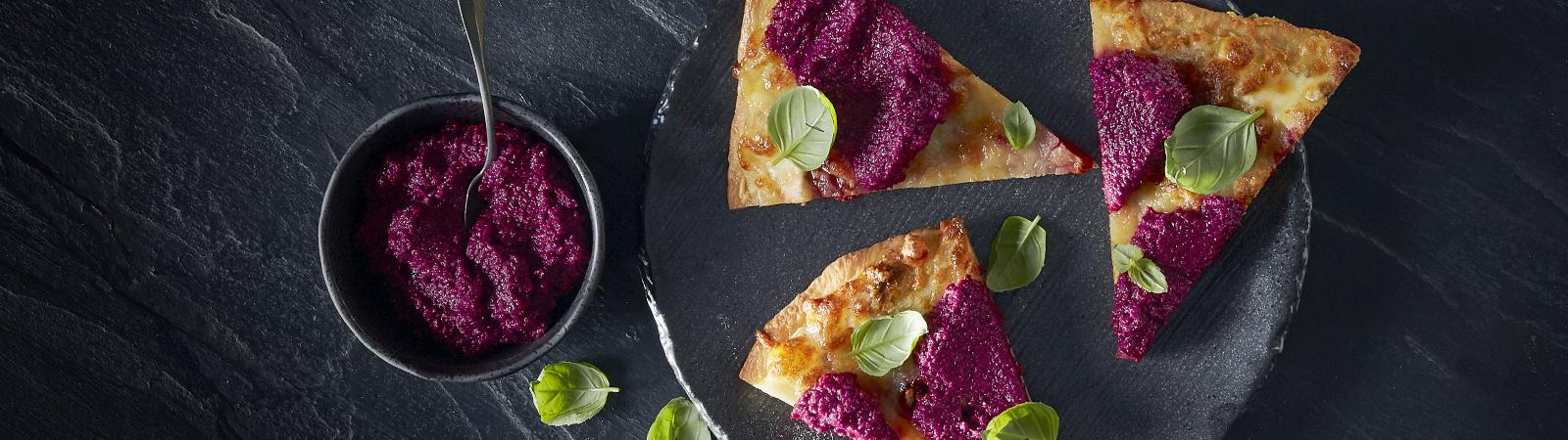 PIZZA WITH BEETROOT